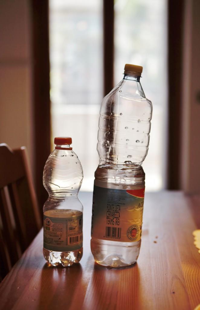 Sliten vannflaske
